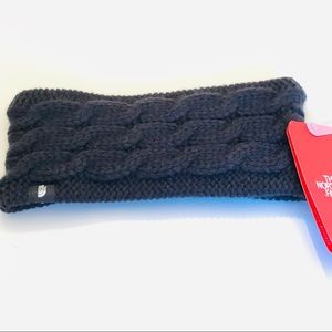 The North Face- Fuzzy Cable Earband in Black, NWT